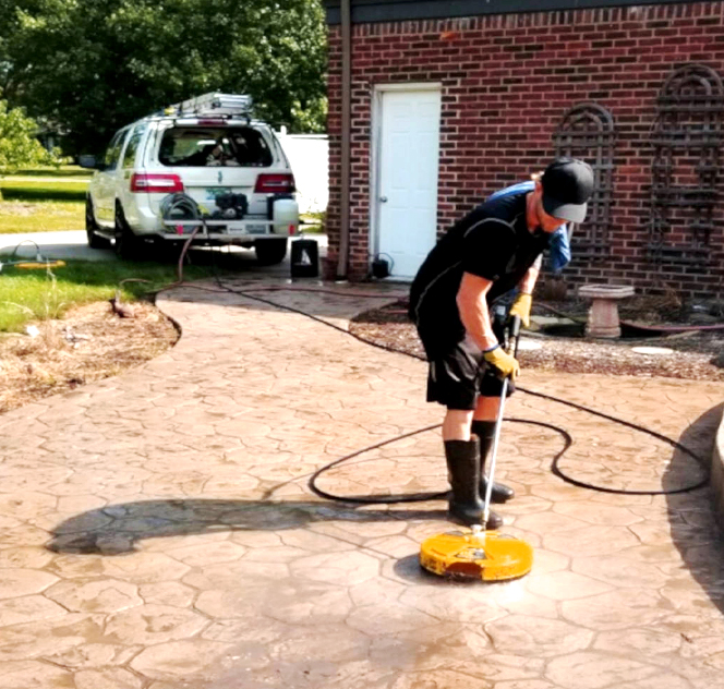 pool deck cleaning Ann Arbor